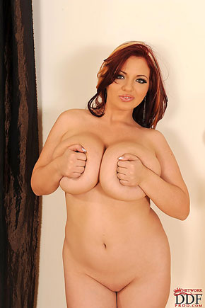 Joanna Bliss takes her clothes off DDFBusty.com