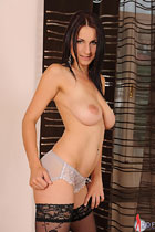 Roxy Taggart DDFbusty.com