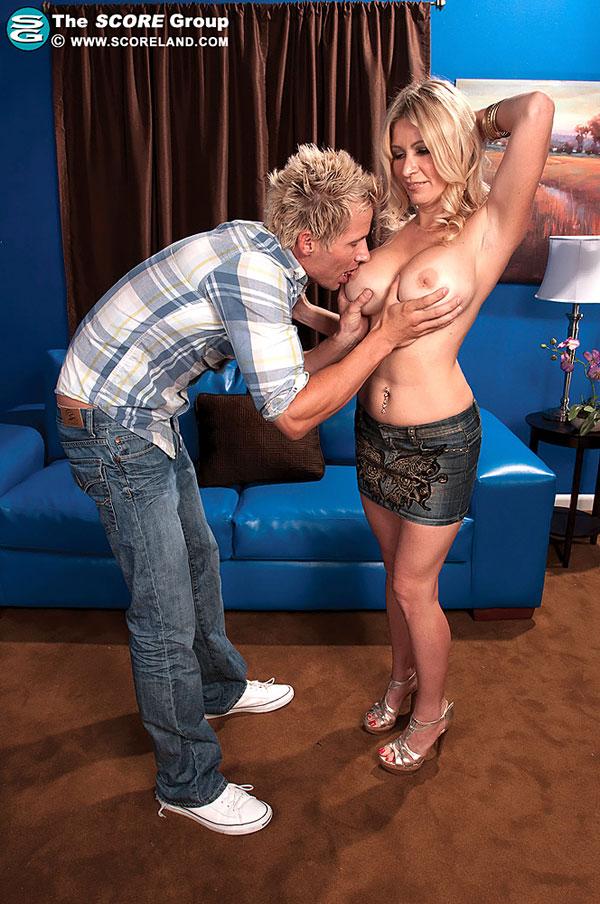 Ingrid Swenson Scoreland.com