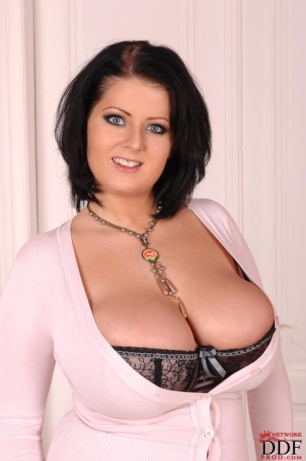 Lola biggest natural boobs on the planet